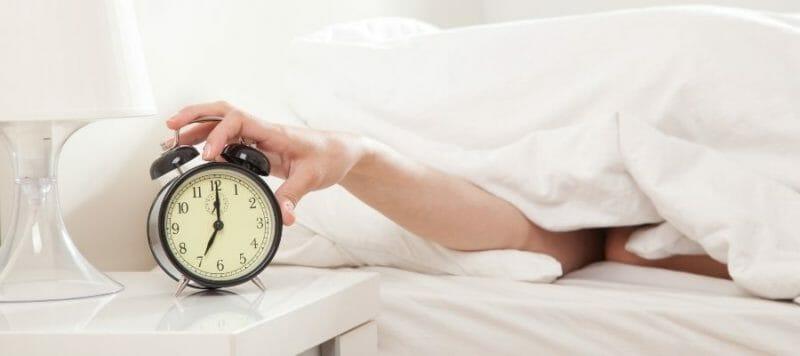 Besser Einschlafen: 20+ Tipps & Abendroutinen - Schlaf-Wachrhythmus stabilisieren